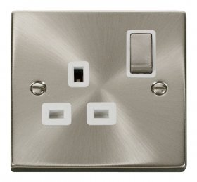 Click Deco Satin Chrome 13A Single Switched Socket VPSC535WH