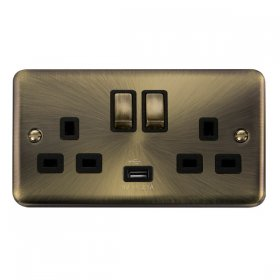 Click Deco Plus 13A Double Switched Socket USB DPAB570BK