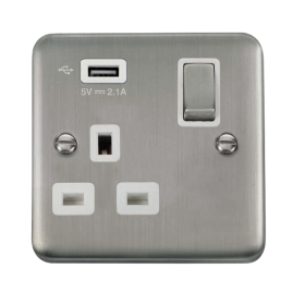 Click Deco Plus 13A Single USB Switched Socket DPSS571UWH