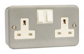 Click Metal Clad 13A 2 Gang DP Switched Socket CL036