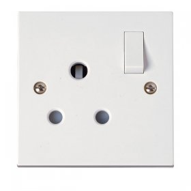 Click Polar 15A 1 Gang Switched Round Pin Socket PRW034