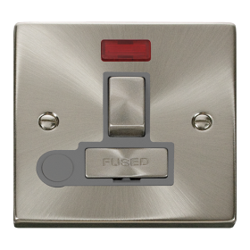Click Deco Satin Chrome Switched Fused Spur Neon + F/O VPSC552GY