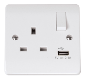 Click Curva CCA771 13A 1 Gang SP USB Switched Socket Outlet