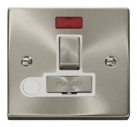 Click Deco Satin Chrome Switched Fused Spur Neon + F/O VPSC552WH