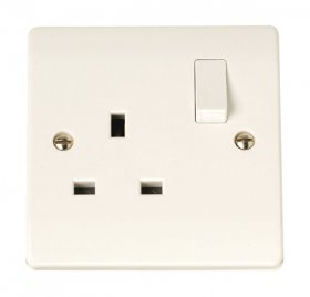 Click Curva CCA605 13A 1 Gang Single Pole Switched Socket Outlet
