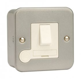 Click Metal Clad 13A Switched Fused Spur with Flex Outlet CL051