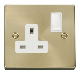 Click Deco Satin Brass 13A Single Switched Socket VPSB035WH
