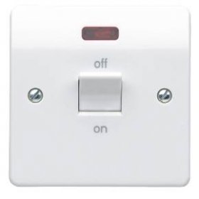 MK Logic Plus K5105WHI 32A DP Switch with Neon