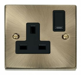 Click Deco Antique Brass 13A Single Switched Socket VPAB035BK
