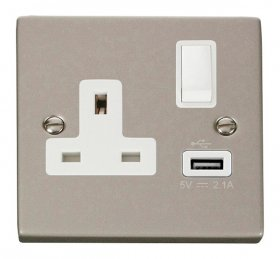 Click Deco Pearl Nickel USB Single Switched Socket VPPN771WH