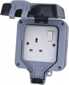 Deligo 1 Gang 13A DP IP66 Switched Weatherproof Socket DWPS1